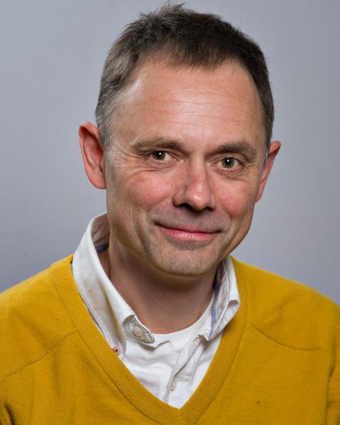 Lars Vikinge (C)