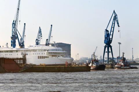 Erste von zwei Scandlines-Fähren bei Blohm+Voss eingetroffen_1