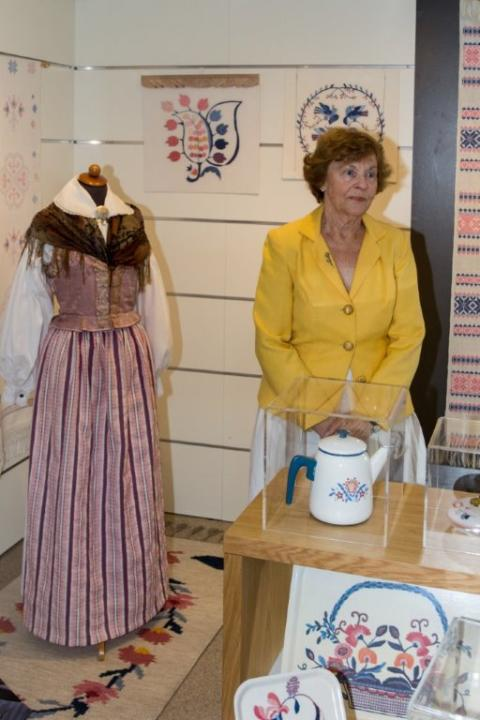 Textilutställningen Blekingemönster - nytta och flärd visas på Karlshamns Stadsbibliotek