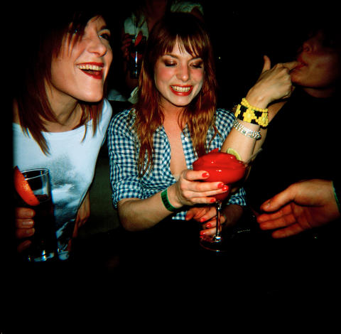 Ideal Bar - Weekend - Hver fredag og lørdag