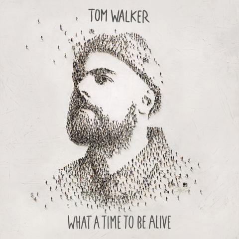 BRIT Award-vinnande Tom Walker släpper debutalbumet 'What A Time To Be Alive' idag
