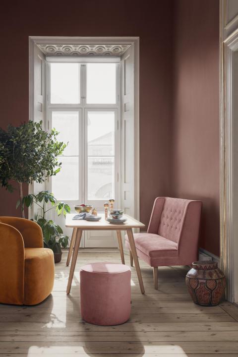 Garret Dining Sofa