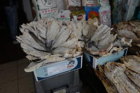 Norsk klippfisk på marked i Libreville, Gabon