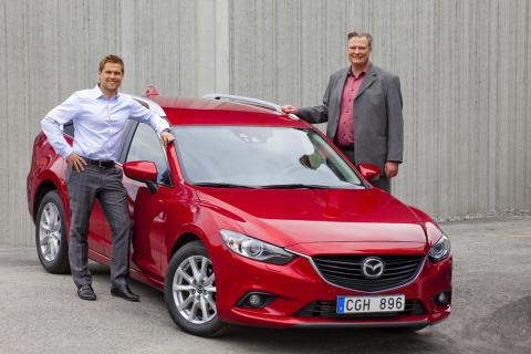 J BIL börjar sälja Mazda