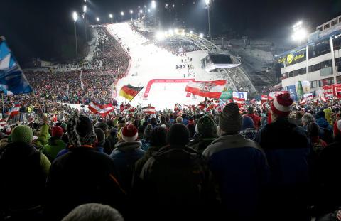 Kronplatz och Schladming nästa anhalt i den alpina världscupen.