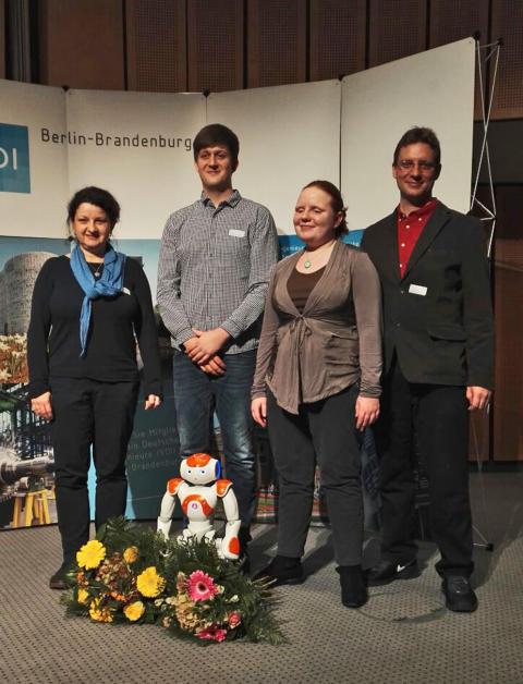 """Telematik-Masterstudenten der TH Wildau erhielten 3. Preis im VDI-Wettbewerb """"Mensch und Technik 2016"""""""