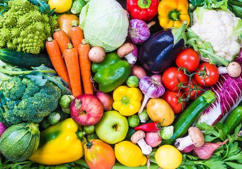 Varannan äter för lite frukt och grönt