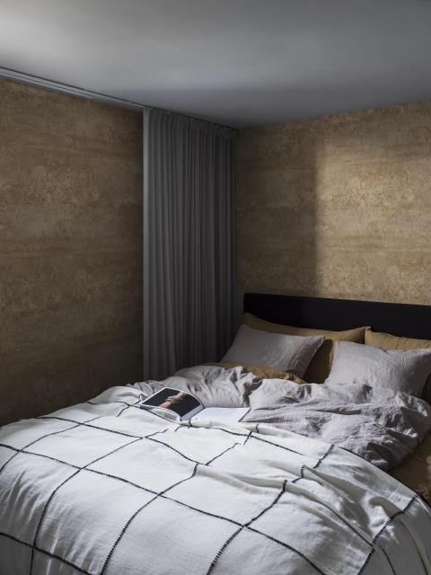 CapturedReality2_Bedroom_V2_Limestone_item_P290301-8_PR