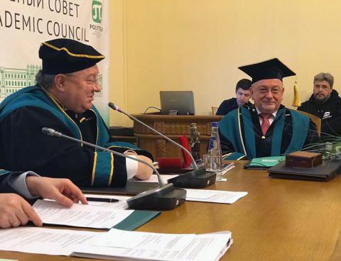 "TH-Präsident Prof. Dr. László Ungvári erhielt Ehrendoktorwürde der Universität ""Peter der Große"" in St. Petersburg/Russland"