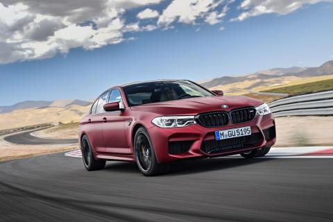 Lehdistötiedote 21.8.2017: Uusi BMW M5 varmistaa ryhdikkään ajokokemuksen kaikissa tilanteissa