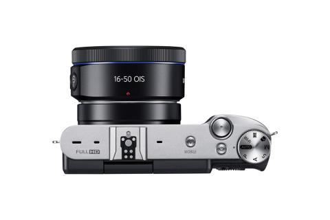 NX3000 Black 4.jpg