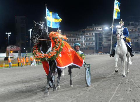 V75 med Sundsvall Open Trot och Kallblods-SM