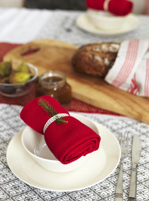 4) Runner Hjo, Kitchen towel Dorotea, Place mat Ludvika