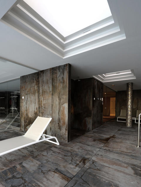 Dekton Trilium_floor and wall