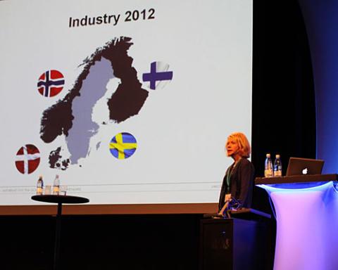 Många utmaningar, men än fler möjligheter; Moderna arbetsplatser, hållbara möbler och Internethandel ger framgångar för nordisk möbelindustri