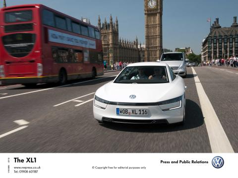 XL1-citement hits London as Volkswagen's 313 mpg car makes UK debut