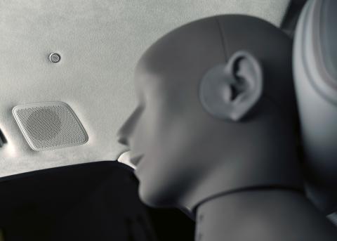 Audi A8 L - loft med Bang & Olufsen højtalere