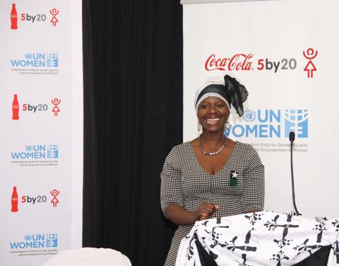 Coca-Colan 5by20-ohjelma on auttanut jo yli 1,2 miljoonaa naisyrittäjää