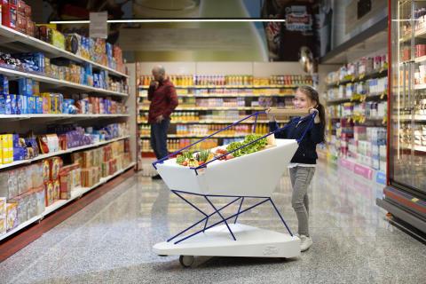 Självbromsande kundvagn ska göra besök med barn till mataffären mer harmoniska