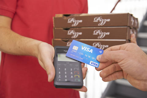 Kontaktloses Bezahlen mit Visa über mPOS - Pizzalieferservice