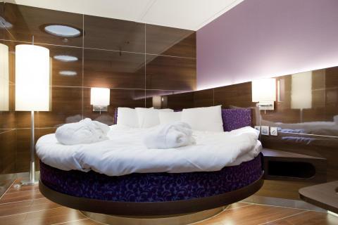Panorama Class Kabine mit rundem Bett