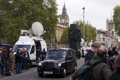 Eutelsat-Satelliten für Übertragung der Wahlen zum britischen Unterhaus im gesamten Vereinigten Königreich im Einsatz