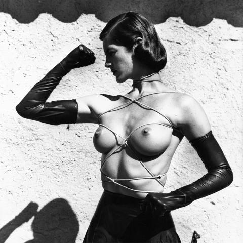 Helmut Newton på Fotografiska i sommar