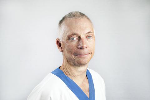 Fredrik Huss, överläkare i plastikkirurgi på brännskadecentrum