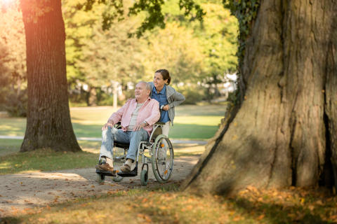 Urlaub für Pflegebedürftige und ihre pflegenden Angehörigen – Die Unabhängige Patientenberatung Deutschland (UPD) informiert über alles Wissenswerte