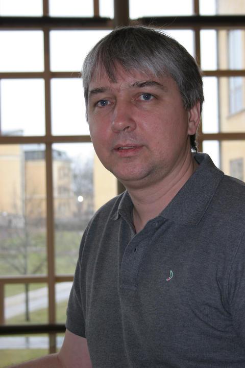 Dr. Björn Lundell, Högskolan i Skövde, en av arrangörerna till internationell Open Source konferens
