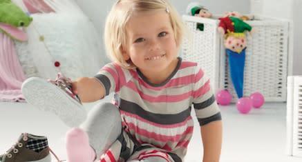 Sandaler och ballerinaskor från Superfit barnskor