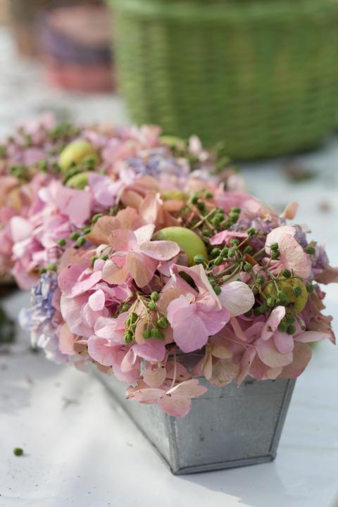 Hortensior, Fläderbär och prydnadsäpplen som bordsdekoration