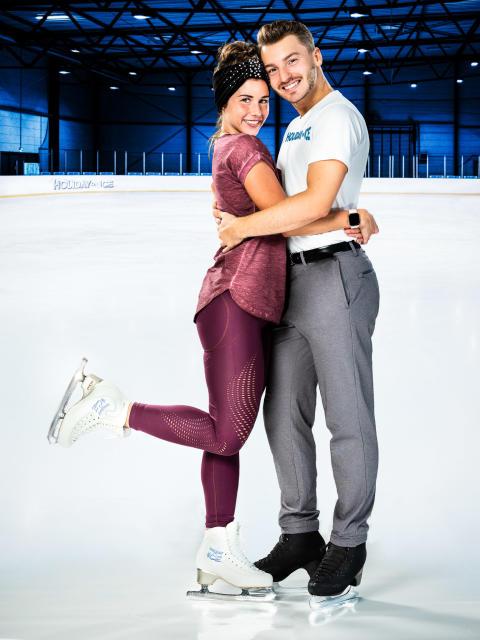 Dream-Team Sarah Lombardi und Joti Polizoakis bei HOLIDAY ON ICE wiedervereint