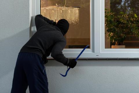 Gang i sikkerhedssalget: Danskerne reagerer på indbrudsbølgen i ferien