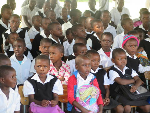 Kinder-Dr-Joseph-Diescho-Schule