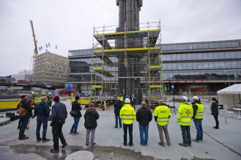 Midroc renoverar Glasobelisken på Sergels Torg