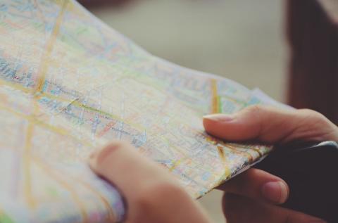 Allone - följ dina vänner via en karta