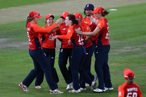 England Women Win Final IT20