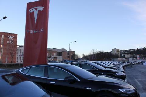 25 nye Teslaer til Avis