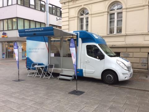 Beratungsmobil der Unabhängigen Patientenberatung kommt am 24. Mai nach Iserlohn.