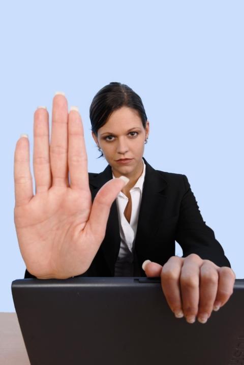 o.s.a. 6/12 - Vi valde en yngre - om attityder i arbetslivet