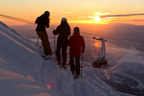 Flere og flere vil fejre nytåret på ski i Sverige