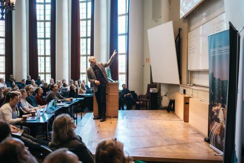 Handelshögskolan i Stockholm stöper om grundutbildningen - nya spåret Global Challenges ska forma morgondagens ledare
