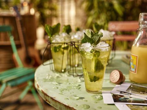 Så lyckas du med drinkarna i sommar -  Drinkexpertens tips på läskande sommarcocktails