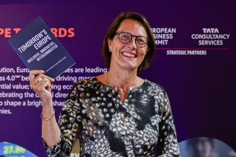 TCS en EBS lanceren essay bundel: 'Tomorrow's Europe: Inclusive, Innovative, Interconnected'