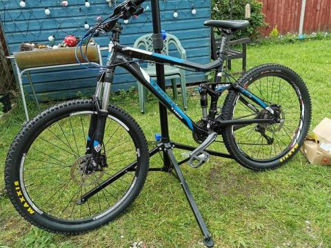 Appeal for information following knifepoint robbery of bike from teenager in Aintree