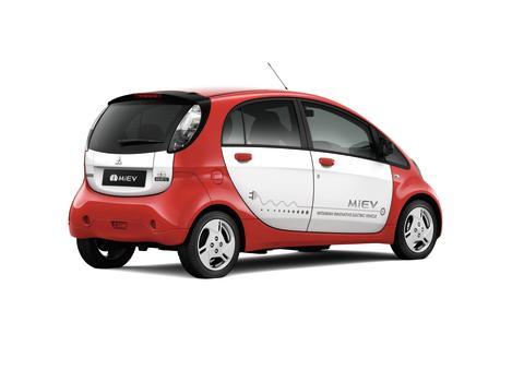 Mitsubishi_i-MiEV_Frilagd_Bak