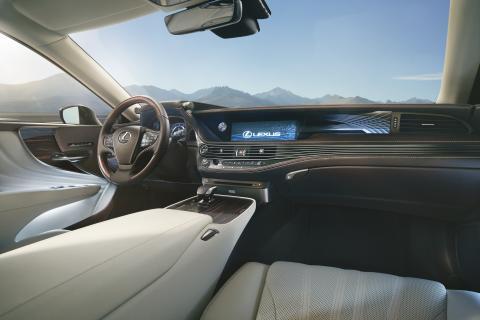 """Interiören präglas av Lexus ledord """"Omotenashi"""""""