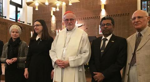 Många samlades i S:t Eriks katolska domkyrka för att hedra offren för terrorn
