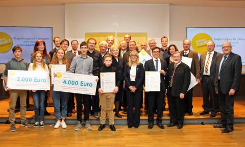 Erstmals Bürgerenergiepreis Oberbayern verliehen - Sonderpreis für Gynasium aus Dorfen